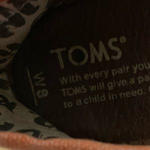 Toms embroidered patterned flats